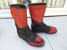 AKITO LEATHER MOTORCYCLE BOOTS,RED & BLACK,SIZE 4-1/2 UK,VERY CLEAN CONDITION