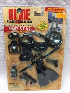 1997 GI JOE Classic Collection - NAVY SEAL MISSION GEAR