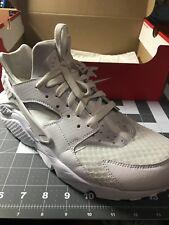 Nike Air Hurache White/White-Pure Platinum Size 10.5