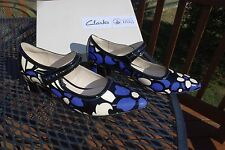 NIB Clarks Ladies V&A Victoria & Albert Flower Print Leather Heels Shoes RARE!