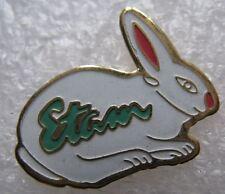 Pin's Animal Un petit Lapin Blanc Rabbit ETAM  #B1