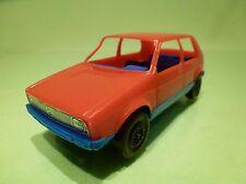 PLASTIC GERMANY VINTAGE  VW VOLKSWAGEN GOLF I  - RED BLUE L12.0cm - GOOD COND
