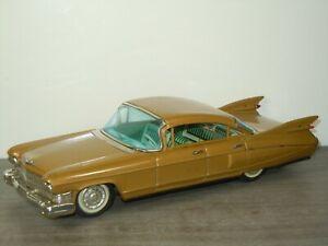 1959 Cadillac Saloon - Bandai Japan - With Friction Engine *41771