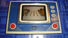 Vintage  Q & Q  LCD Car Card Game Watch Type Model CG-002 Pocket Japan LSI