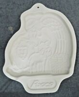 1993 LONGABERGER POTTERY COOKIE OR CHOCOLATE MOLD ANGEL SERIES PEACE