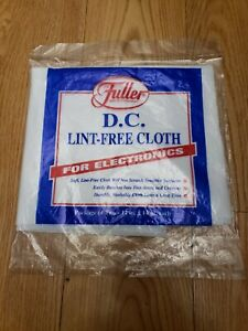 "Fuller Brush Company Anti-Fog Cloth 15/"" x 14/"" Stops Fogging of Mirrors /& Windows"