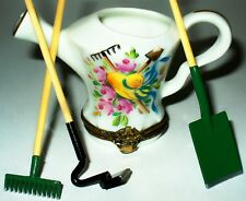 Limoges Box~ Chamart ~ Garden Watering Can & Flowers & Tools & Hat ~ Peint Main
