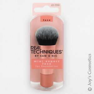 "1 REAL TECHNIQUES Expert Face Foundation Brush Mini - Full Sized Head ""RT-1700"""