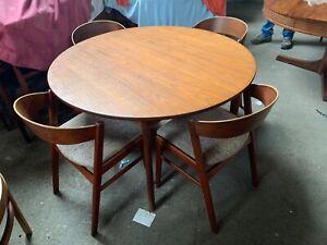 SCANDINAVIAN Teak Mid century Dining Table and x4 Chairs kai kristiansen WOW !