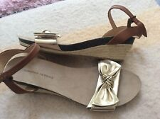 Dorothy Perkins Gold Bow Wedges Size 8. New