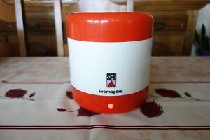 Fromagère SEB en état proche du neuf vendue avec copie notice d'utilisation