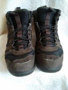 WOMENS NIKE GORE-TEX WALKING BOOTS SIZE UK 7