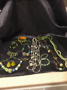 Job Lot Mixed Used Costume Jewellery Necklaces Bracelets Earrings GREEN  6/BB