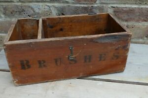 VINTAGE OLD SHABBY BRUSHES HOUSEHOLD WOODEN BOX (NO LID)