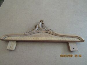 Vtg Carved Wood Pediment Architectural Salvage Door Topper