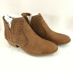 Top Moda Womens Ankle Boots Booties Faux Leather Laser Cut Western Brown 8.5