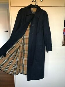 Womens Burberry Vintage Trenchcoat (size 10-12 approx)