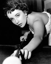 """ELIZABETH TAYLOR IN """"A PLACE IN THE SUN"""" - 8X10 PUBLICITY PHOTO (FB-188)"""