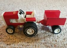 VINTAGE TONKA  LAWN TRACTOR  #811002 WITH TRAILER RED & WHITE