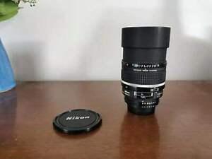 Nikon AF DC-Nikkor 105mm f/2.0 D Lens