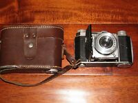 Kodak Retina Compur-Rapid Schneider-Kreuznach Retina-Xenar 3.5 5cm W/ Case