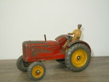 Massey Harris Tractor - Dinky Toys 300 England *42097