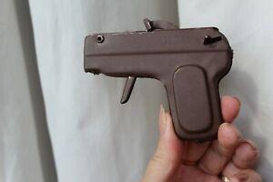 VINTAGE CHILDREN'S COLLECTORS CAP GUN.