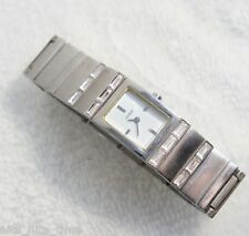 GUESS Woman's Stainless Steel Watch G86091L Crystals Analog Dial