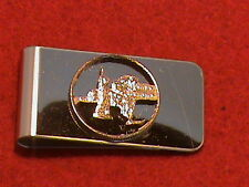 Hand cut New York quarter 24 kt gold plated mounted as a money clip