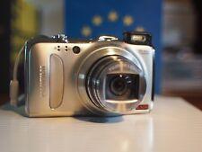 Fujifilm FinePix F550 EXR grey