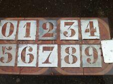 outils ancien , pochoirs chiffres haut de 11 cm , jamais utilisés