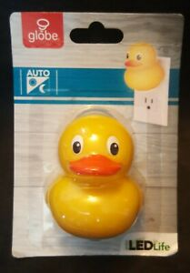 Globe Electric Rubber Ducky - AUTO LED Night Light For KIDS (AA2-4)