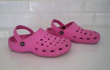Chaussures d'eau - mer - plage enfant   taille 35  !!