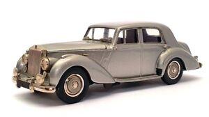Western 1/43 Scale WMS57 - 1949 Rolls Royce Silver Dawn - Silver