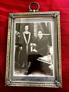 ART DECO BRONZE PICTURE FRAME w/ ANTIQUE WHITE AND BLACK PHOTO
