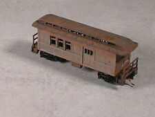 N Scale Rusted out logging combine crew car, # 92333