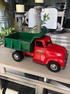 Vintage Tonka Dump Truck, Round Fender 1955