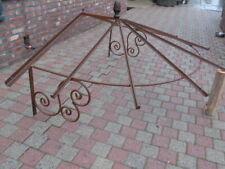 marquise ronde en fer forgé plein , toiture de porte d entrée