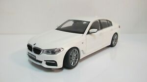 1:18 KYOSHO BMW 5 SERIES G30 M SPORT PACKAGE (FULL OPEN) WHITE DIECAST CARS
