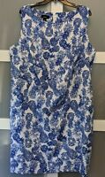 Alyx Women's Blue and White Pineapple Shift Dress - Size 20W