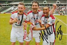 MK DONS HAND SIGNED ROB HALL 6X4 PHOTO.