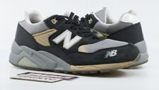 NEW BALANCE MT580 USED SIZE 8.5 BURN RUBBER WHITE COLLAR MT580WC
