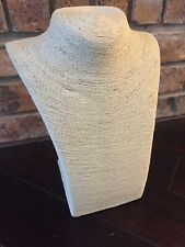 Natural Rattan Woven Necklace Bust Display Jewelry Display CREAM/NATURAL GRASS