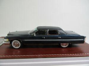 Glm 1:43 1976 Cadillac Fleetwood Brougham Dark Blue Finshed Model