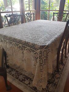 Antique Italian Tuscan Cream Mondano Knotted Lacis Filet Lace Tablecloth 270 cm