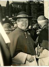 Cardinale Norman Thomas Gilroy  Vintage silver print Tirage argentique  18x2