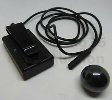 ELECTRONIC MAGNET DETECTOR THE BALL MAGIC TRICK WHICH HAND IS IT IN DERREN BROWN