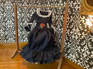 Dollhouse Miniature Victorian Silk Ladies Dress 1/12 Display