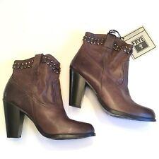 FRYE Fyre Women's Jenny Cut Stud Short Ankle Boot Size 10 Brown