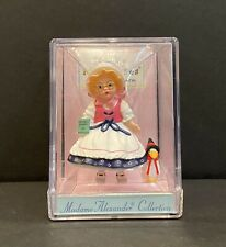 Hallmark Merry Miniatures Madame Alexander Collection Mother 